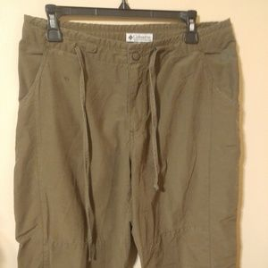 Columbia Capri Pants Olive Green Hiking Outdoor M